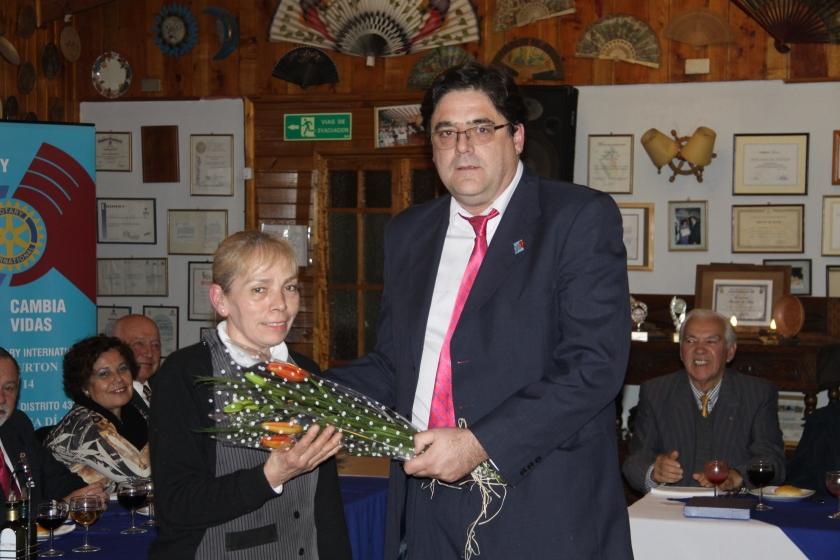 RC Olmué entrega presente a Deisy Figueroa
