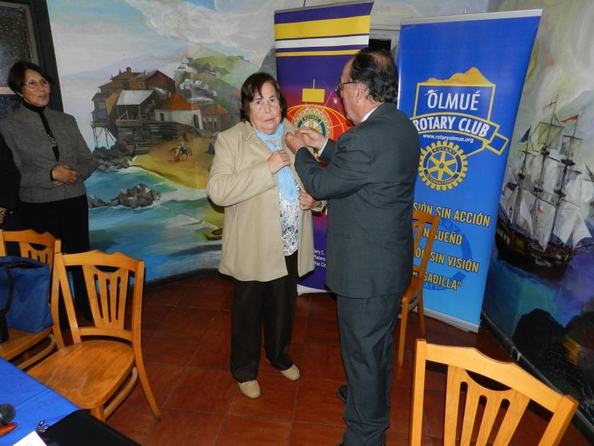 Entrega Pin Pastpresident: Jorge a Oriana