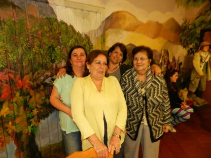 Alejandra Fontanes, Silvia Ibarra, Lya Bonilla y Beatriz Zahr