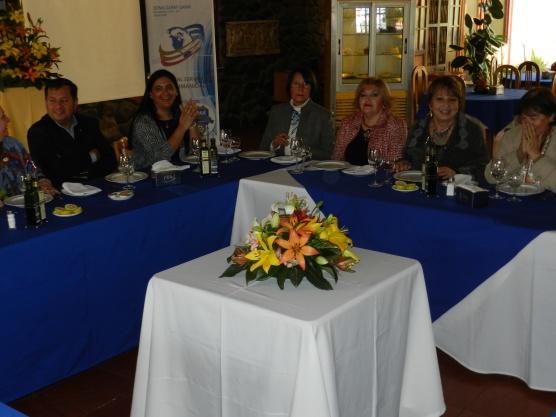 Edison Perez, Elizabeth Araos, Laura Jara, Patricia Villegas, Eliana Cabello y Yolanda Pablo