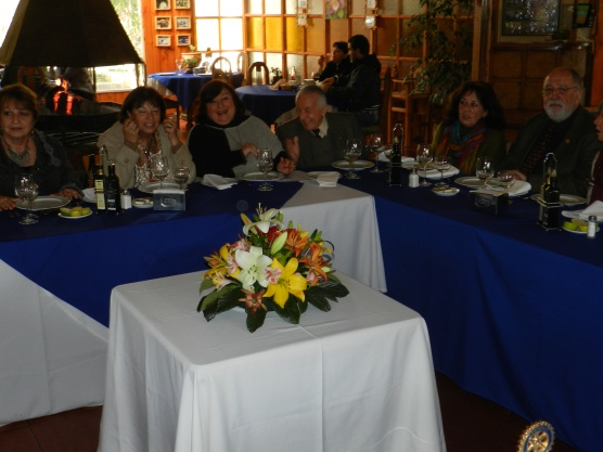Eliana Cabello, Yolanda Pablo, Gabriela Marin, Joaquin Larrain, Silvia Ibarra y Noel Fontanes