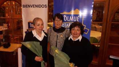 Deisy Figueroa, Laura Jara y Luisa Cantillano